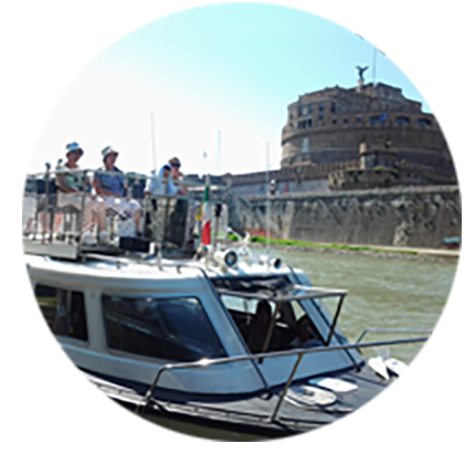 Hop-On-Off River Tour by Rome Boat Experience